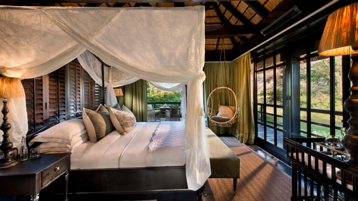 Phinda-vlei-lodge-accommodation-bedroom-view