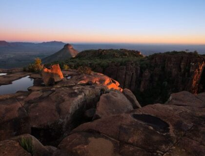 The Road Less Travelled in South Africa Karoo-valley-of-desolation-sunset-SS