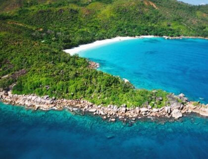 best-beaches-in-the-Seychelles-Praslin-Seychelles-Anse-Lazio-Raymond Sahuquet