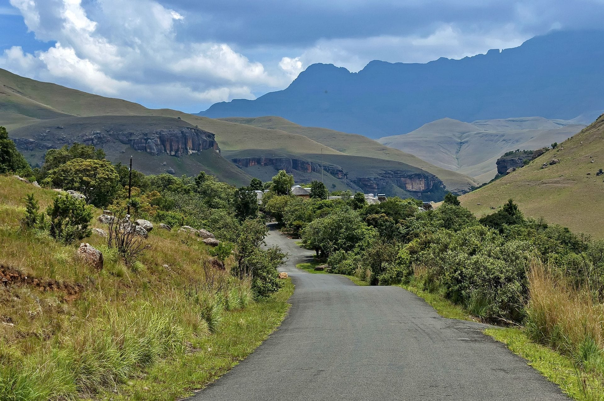 Easy Self-drive-south-africa-Giants-Castle-BS